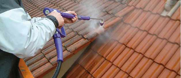 Cleaning Roofs with Water Jetting Equipment
